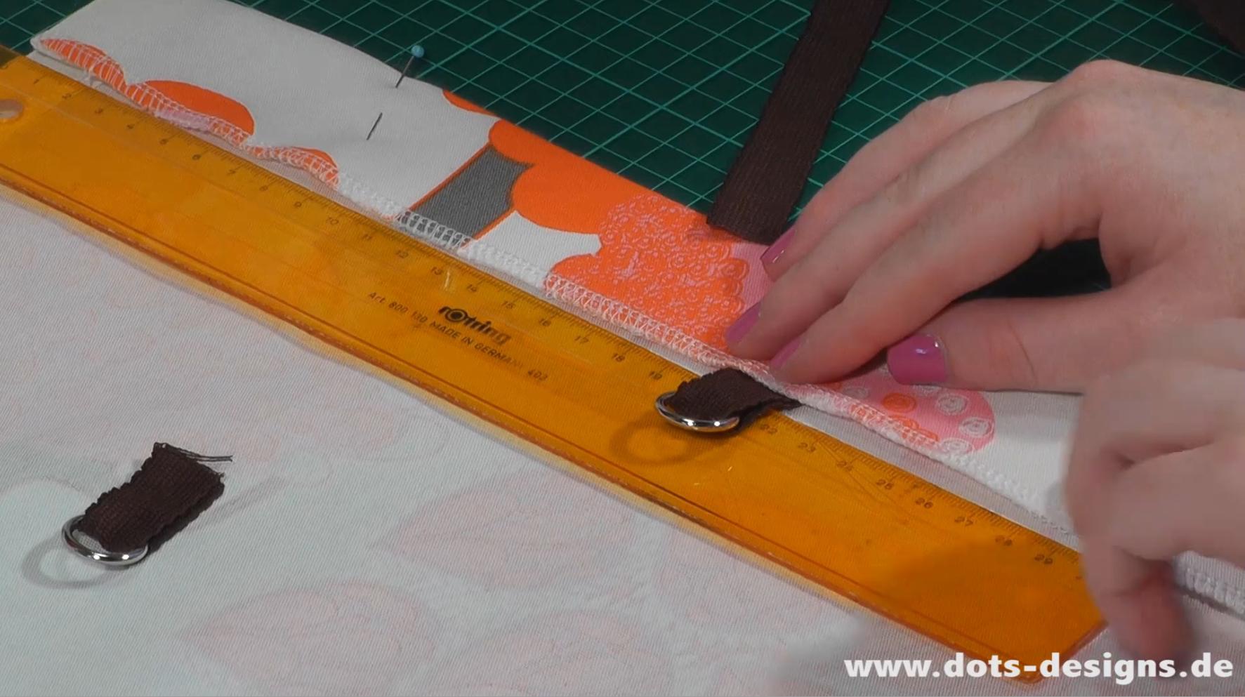 Gardinen deko gardinen mit klettband selber n hen - Faltrollo selber machen ...